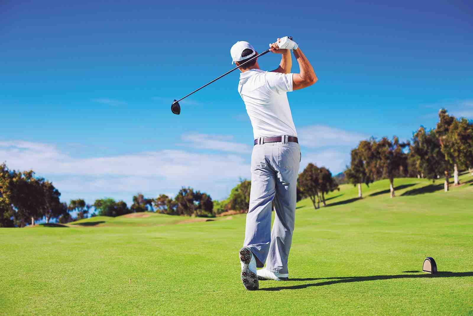 Quel est le but du jeu de golf?