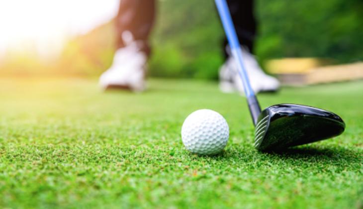 Comment choisir un bon pilote de golf?