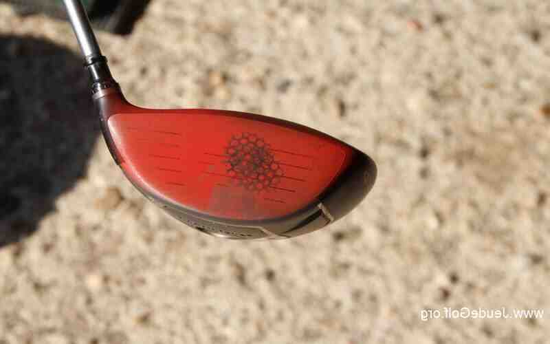 Comment retirer une poignée d'un club de golf?