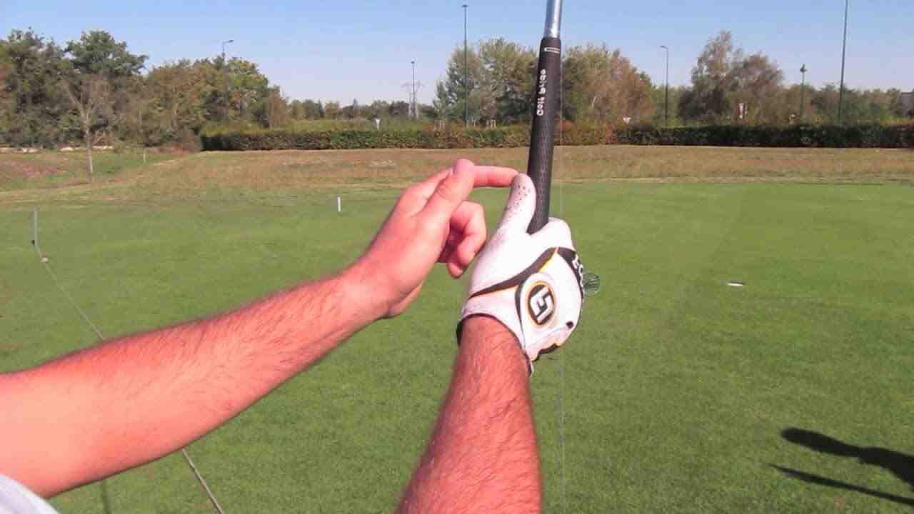 Quelle est la bonne poignée de golf?